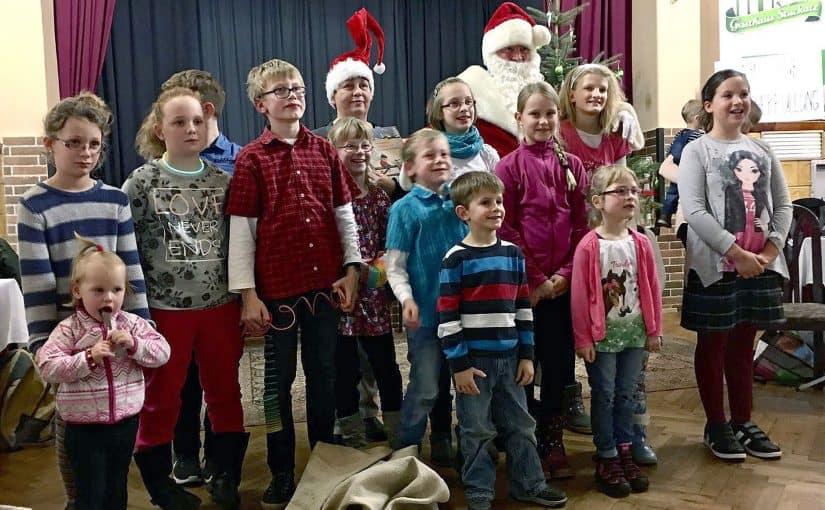 gemeindeweihnachtsfeier-dollenchen-2016-gruppe