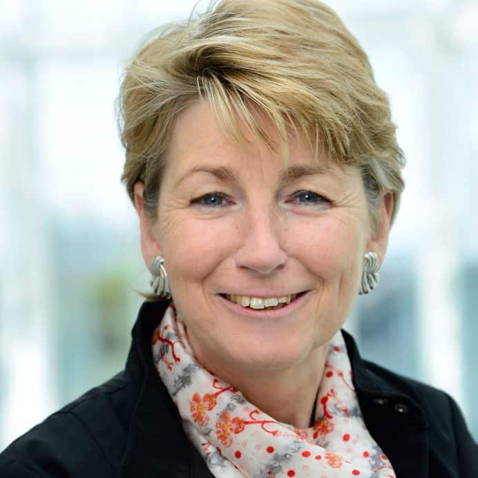 Dr.Gabriela-Rolfes